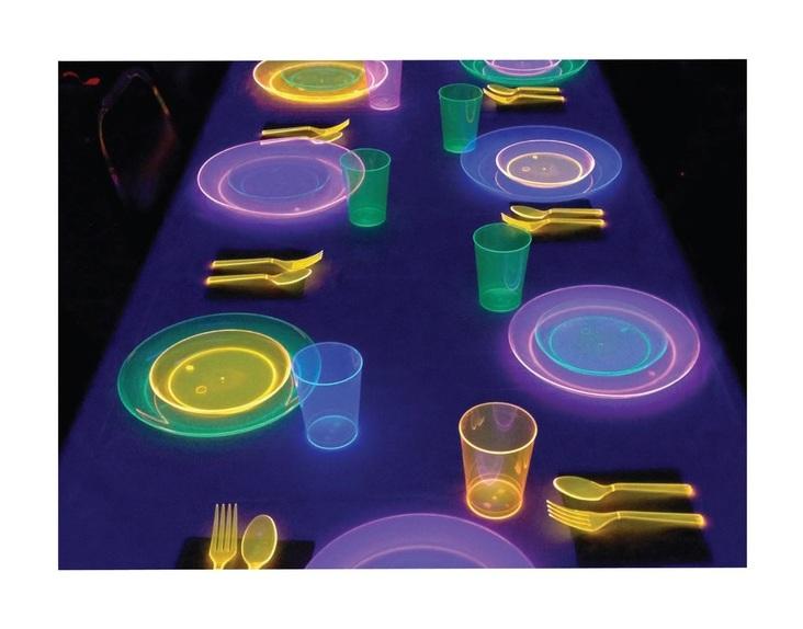 platos y vasos uv